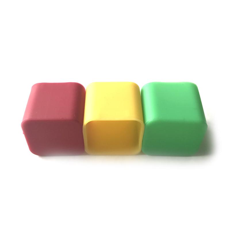 Bunter quadratischer Silikonüberzug